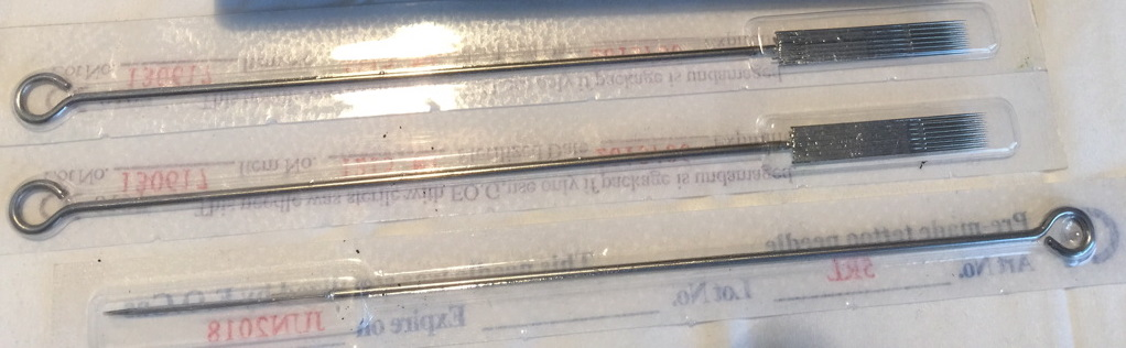 Sterilně zabalné  jednorázové jehly